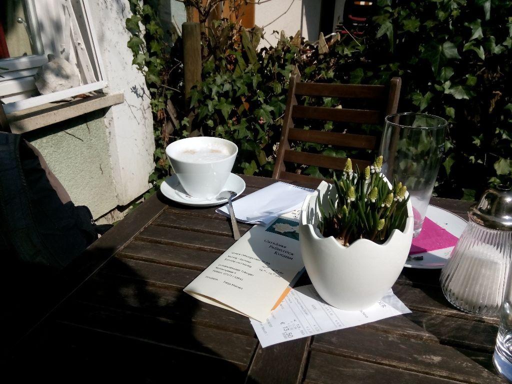 Tübinger Lieblingscafé-Gartenplätzchen ...
