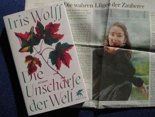 """Iris Wolff, Artikel zu dem Roman """"Die Unschärfe der Welt"""", Foto: Susanne Martin"""